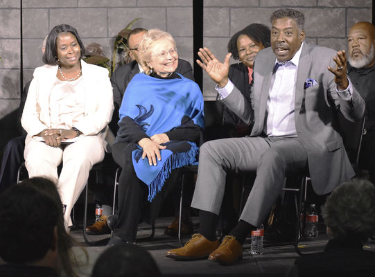 Ernie Hudson supports cast, BHHS in 'Exit Strategy'