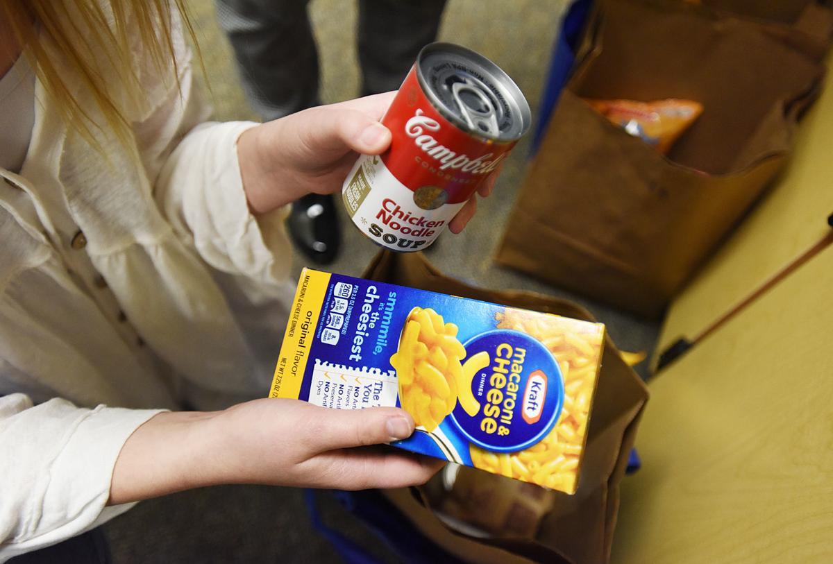 200208-HP-weekend food program2-photo.jpg