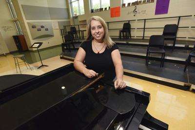 Coloma choir director spreads music around SWM