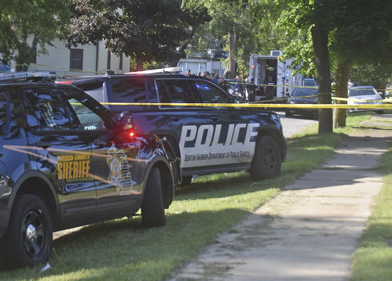 BH shooting leaves 1 dead, 2 injured