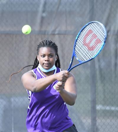 SH tennis Aaliyah Williams