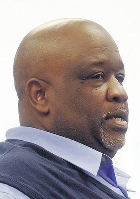Commissioners sack city manager