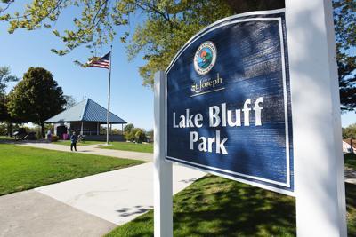 210529-HP-lake-bluff-park-web-photo.jpg
