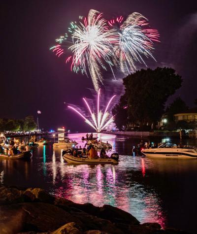 SH fireworks photo