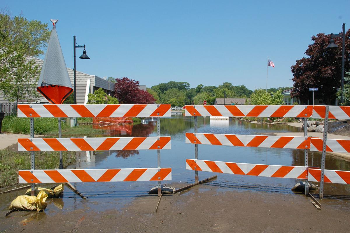 200617-HP-dunkley-barricades-pic2.jpg