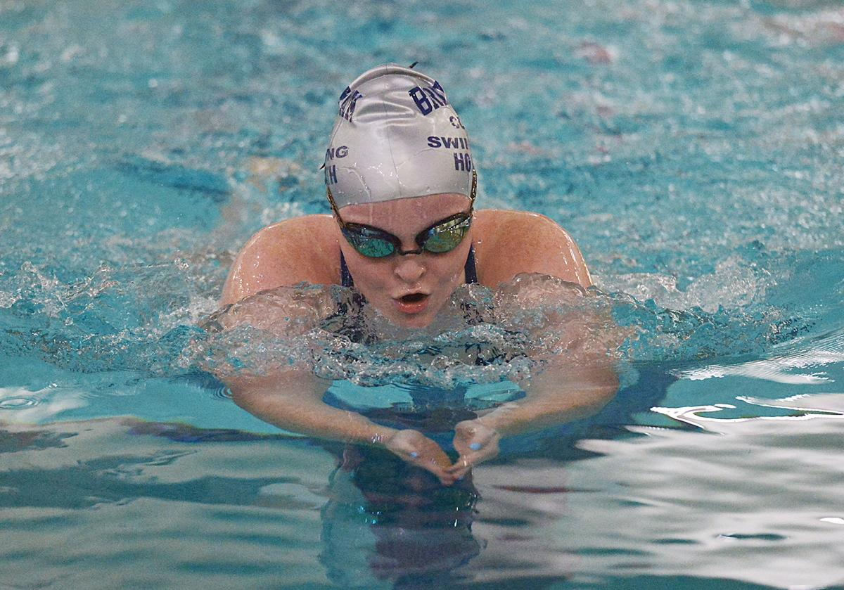 201016-HP-bridgman-horvath-swim5930-photo.jpg