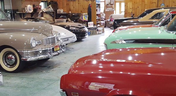 Dar Discovers The Perfect Car Guy Man Cave Features - Classic car guy