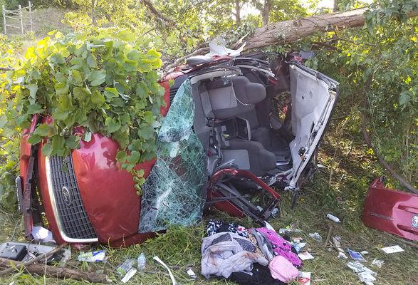 2 killed, 5 injured in highway crash near Baroda | Local News
