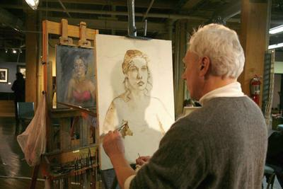 'Face Off': Portrait art with an audience