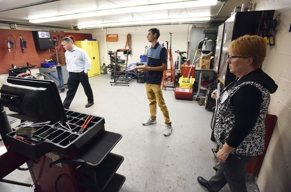 Students take the spotlight at Manufacturing Day