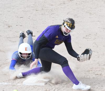 SH softball Kadyn Hoyt