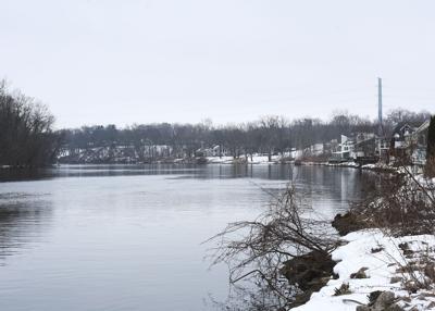 210105-HP-sj-river-buoys-photo.jpg