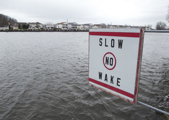 No-wake zone hits bump at Benton Harbor public hearing