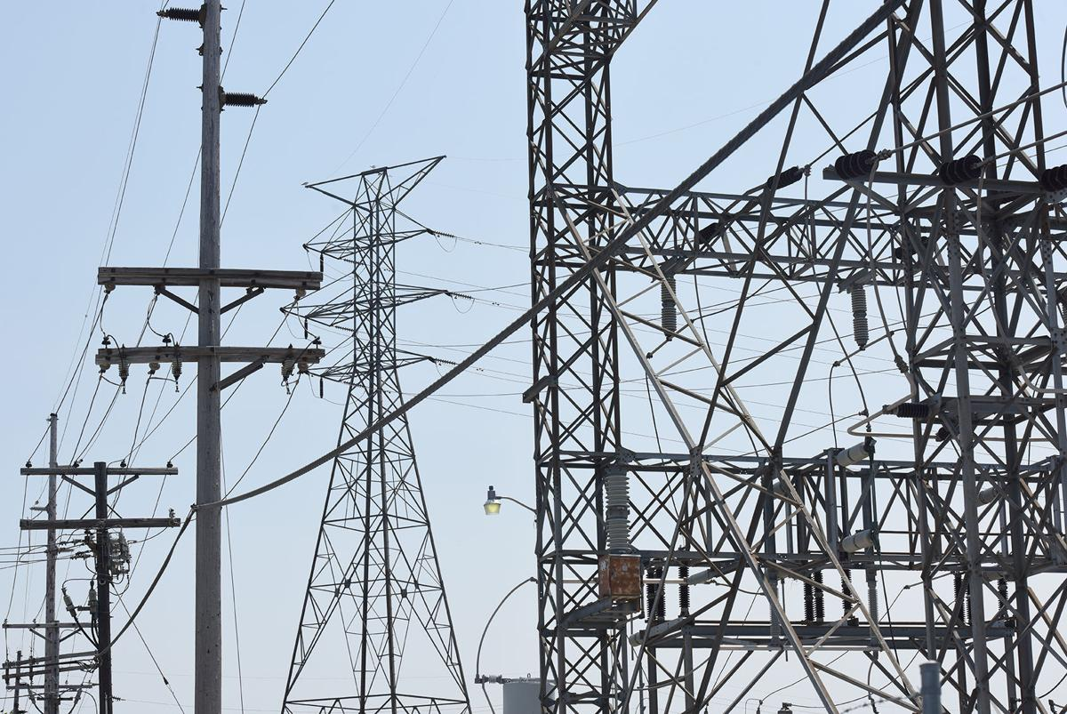 210721-HP-power-lines-photo.jpg