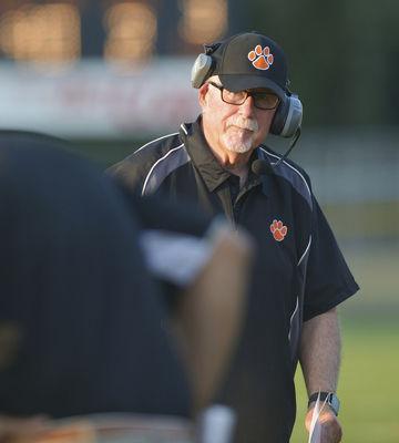 Uzelac resigns as BH football coach