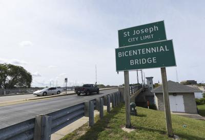Bridge repairs, closures start Thursday