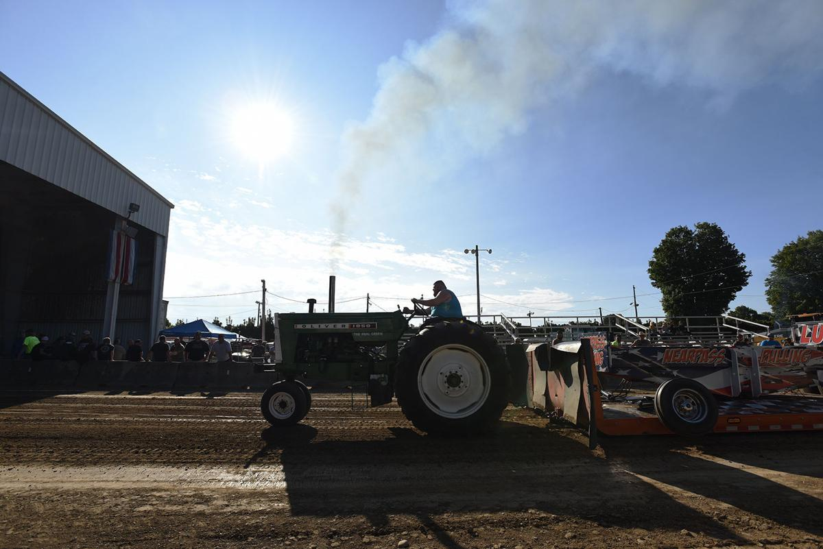 210817-HP-youth-fair-tractor-pulling2-photo.jpg