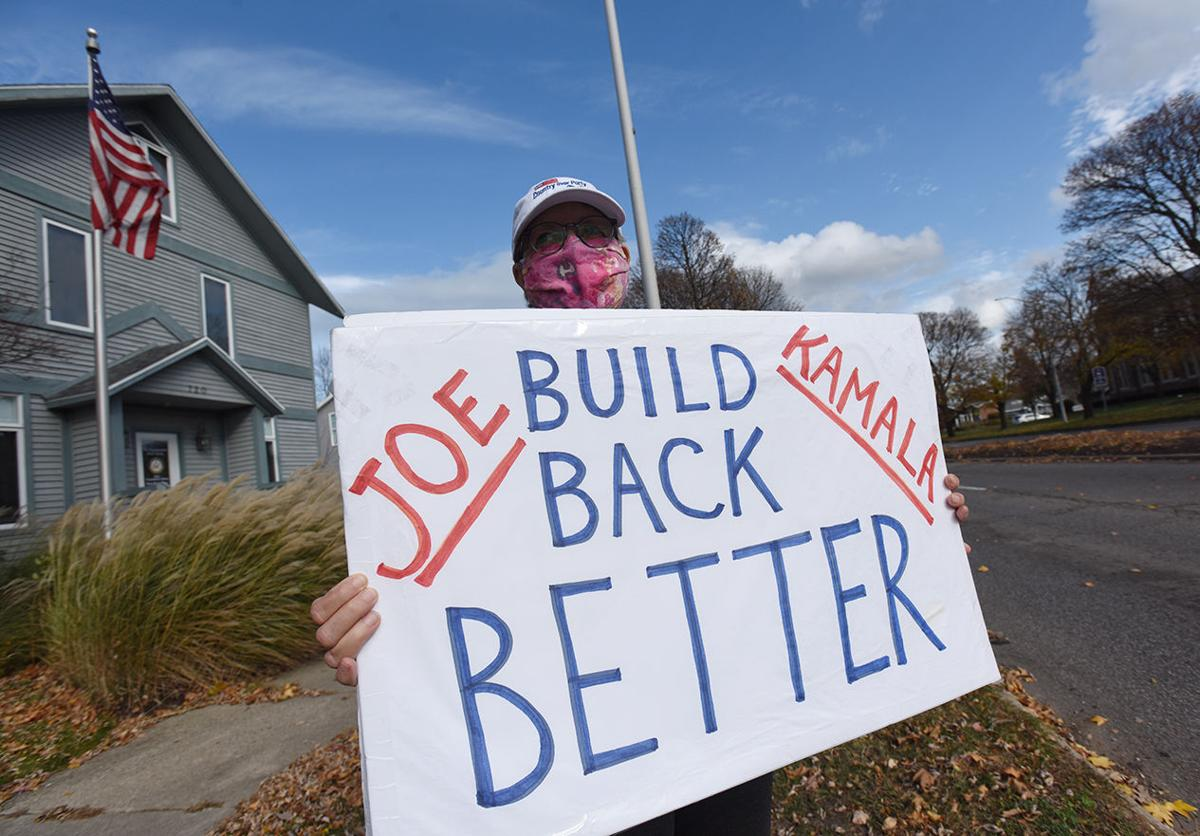 201112-HP-biden-supporters2-photo.jpg