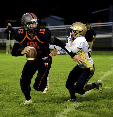 Adams, Bees roll over Catholic in eight-man opener