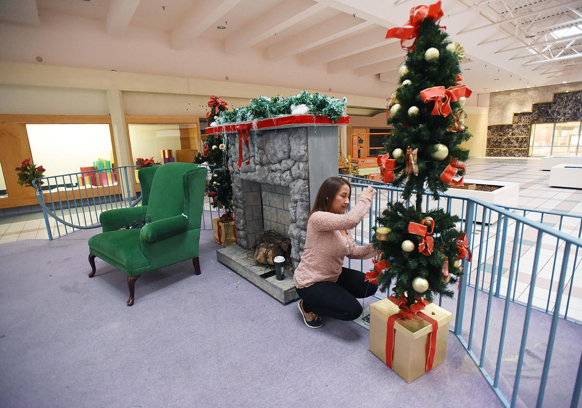 201202-HP-orchards-mall-holiday1-photo.jpg