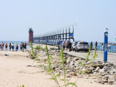 SH shooting pier photo