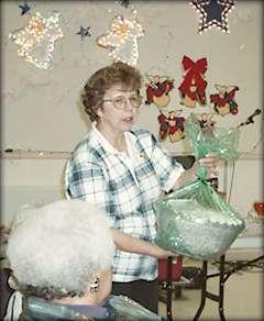 Christmas Crafts Sara Shrock A Program Assistant From The Michigan