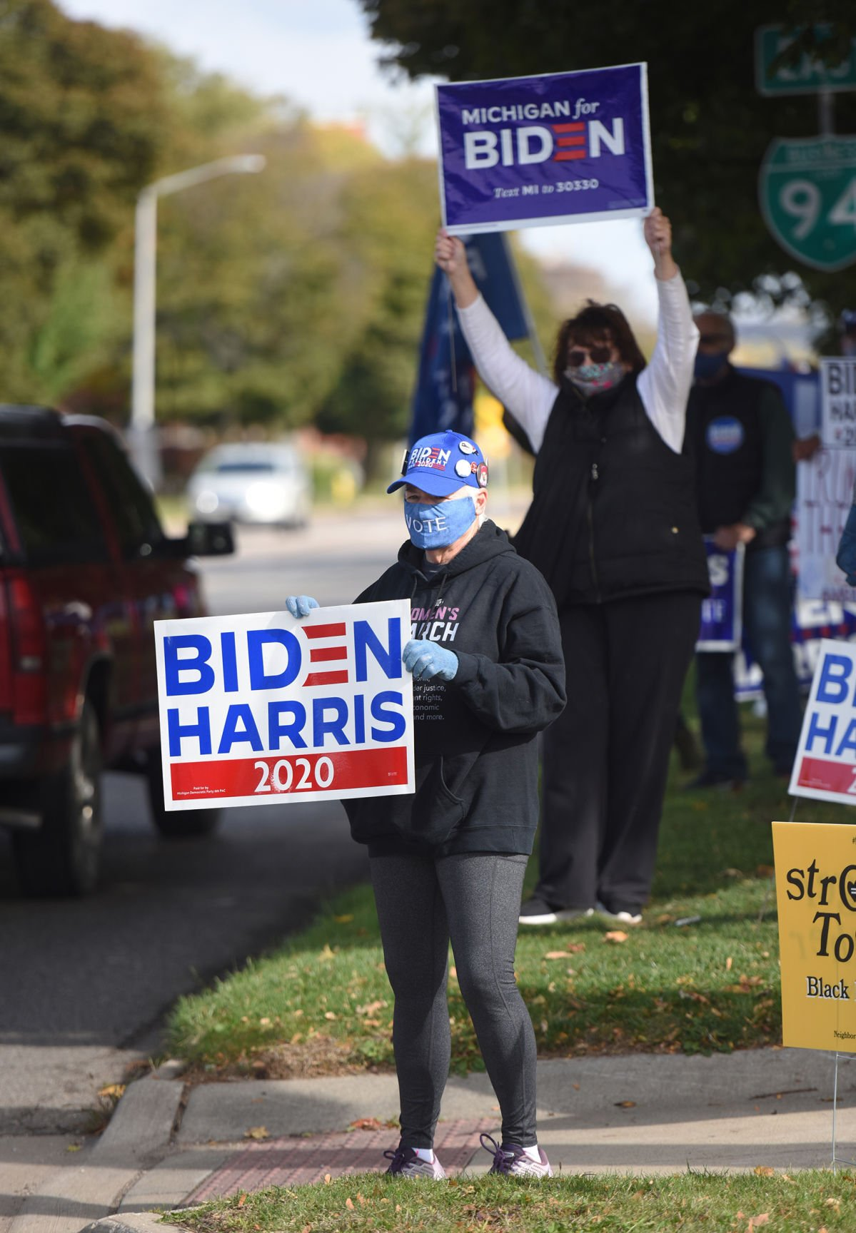 201031-HP-election-rally2-photo.jpg