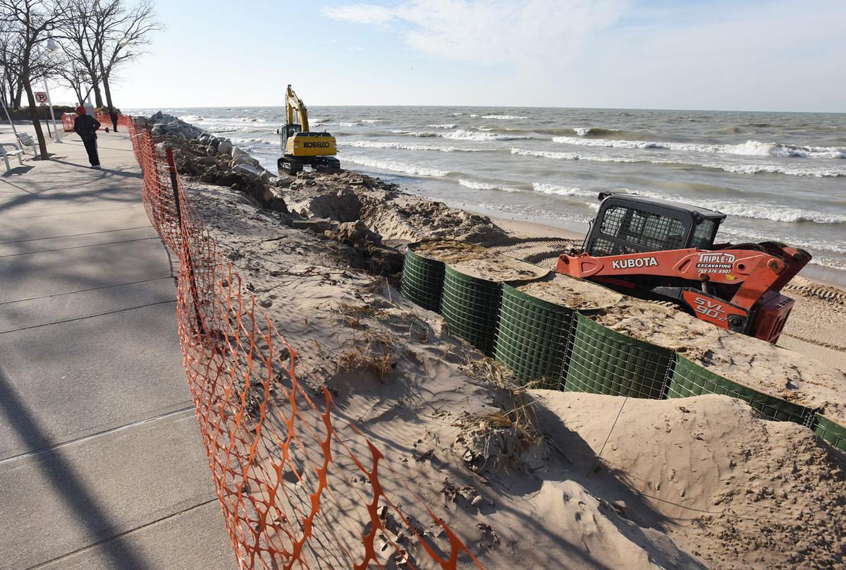 201204-HP-silver-beach-erosion1-photo.jpg