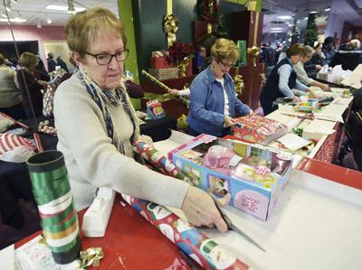 Wonderland Toy Store seeks volunteers, donations