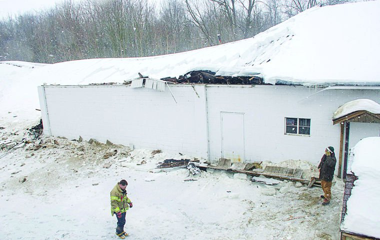 Snow causes bowling alley roof to collapse | Bowling ...  |Bowling Alley Snow
