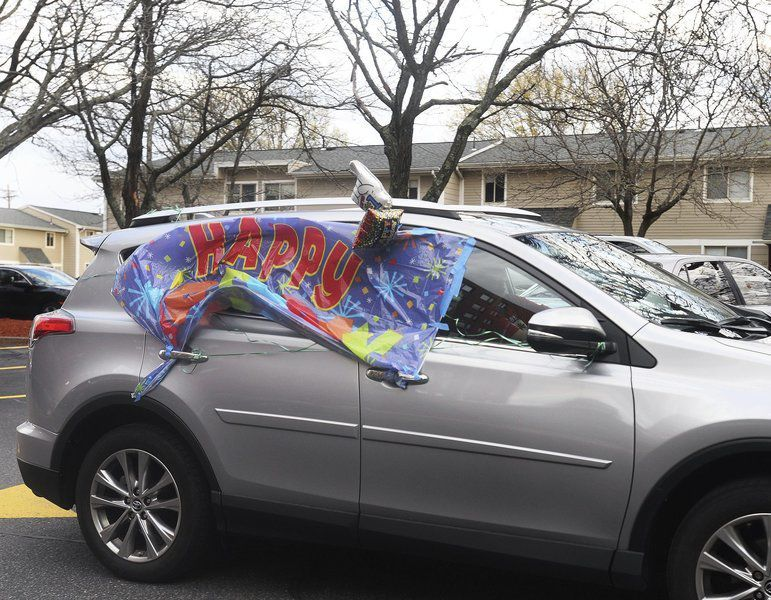 Haverhill woman organizes car parade for grandfather's 94th birthday