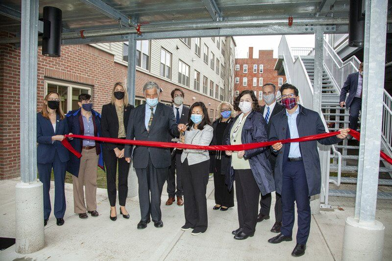 City welcomes new veterans housing: 44 units at edge of downtown