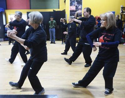 Tai chi classes improve balance, reduce stress   Local News