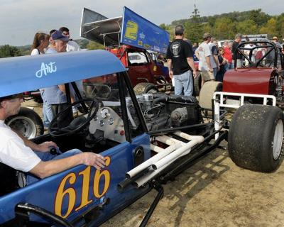 Pines Speedway reunion chance to see old races cars