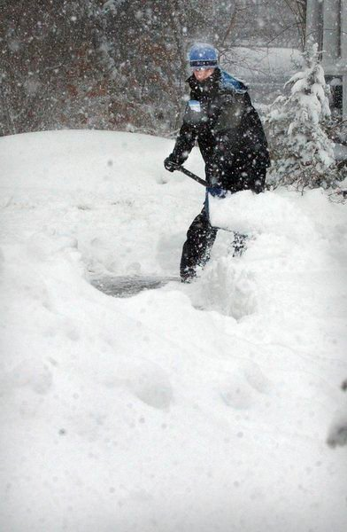 Snow Angels available to shovel for elders