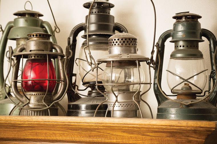 Antiques-Lanterns
