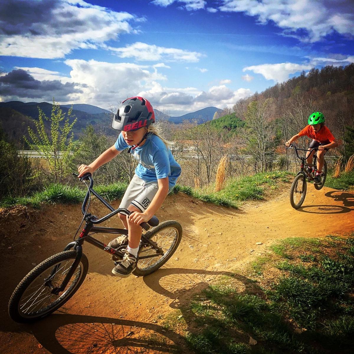 Taking On Mountain Biking Trails In The High Country Bike Highcountrync Com