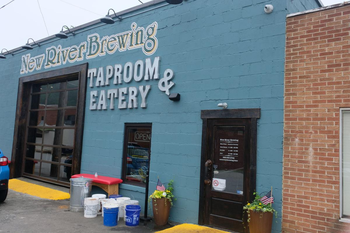 The facade of New River Brewing.