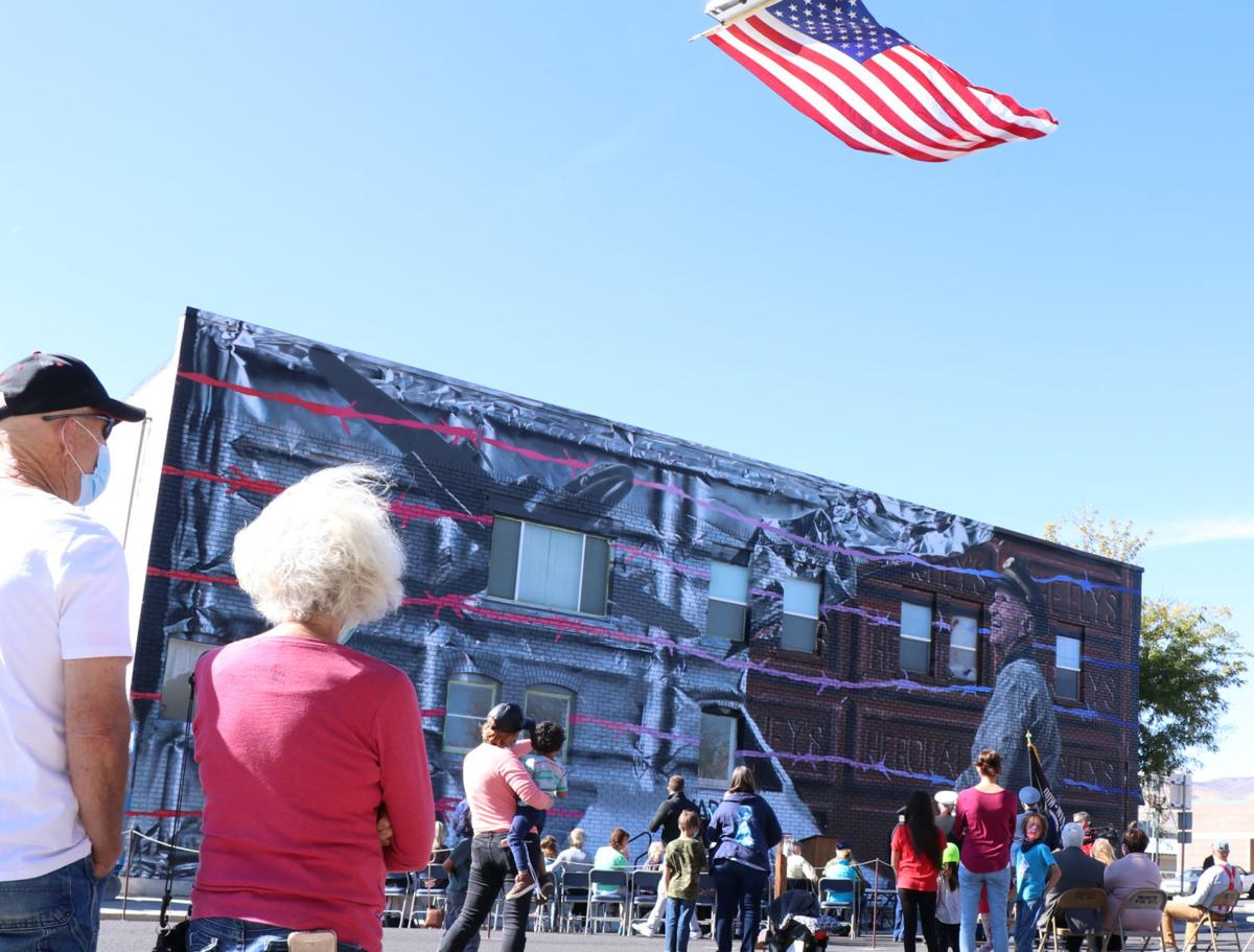 Tremonton celebrates 100th birthday of 'Candy Bomber' with mural
