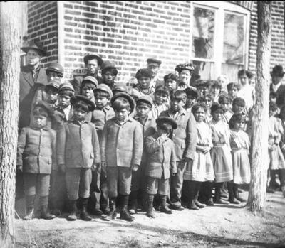 Paiute children