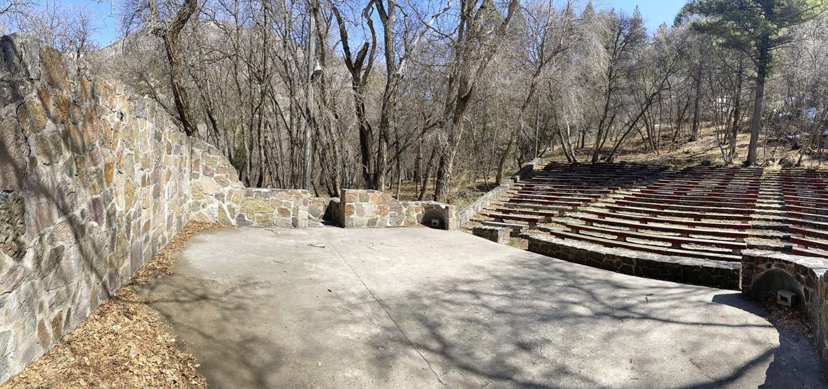 Guinavah Amphitheater MAIN