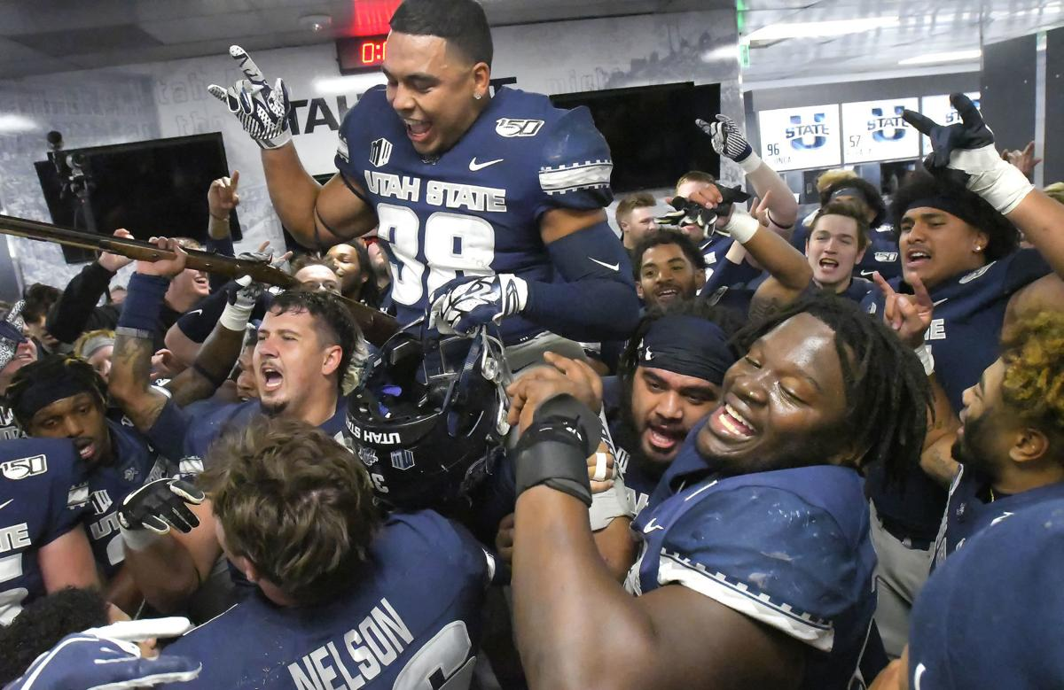 Aggies continue to pull out close wins
