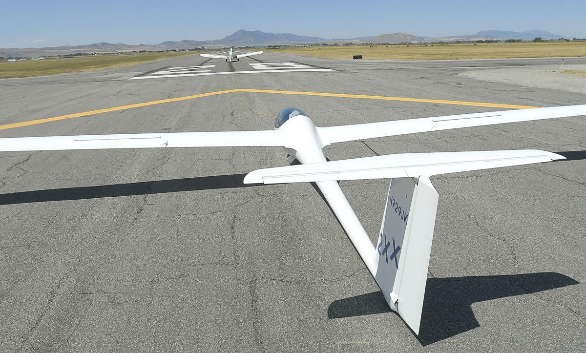 glider SECONDARY 01