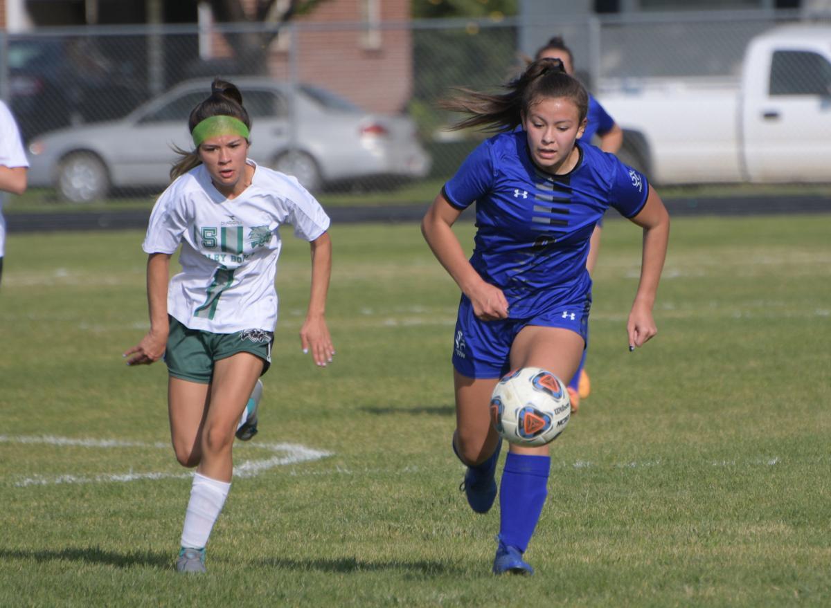 PHS girls garner top seed in soccer