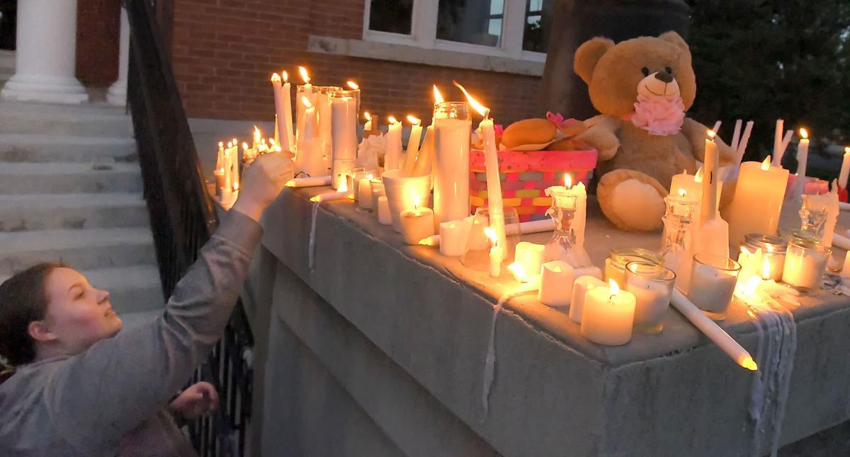 candle vigil 03
