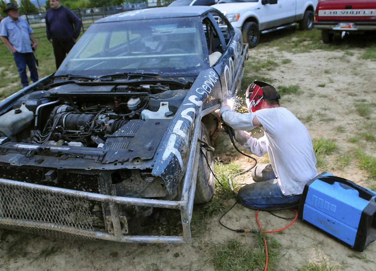 Trash car racing: Nibley kid returns to dirt-track roots in Cache ...
