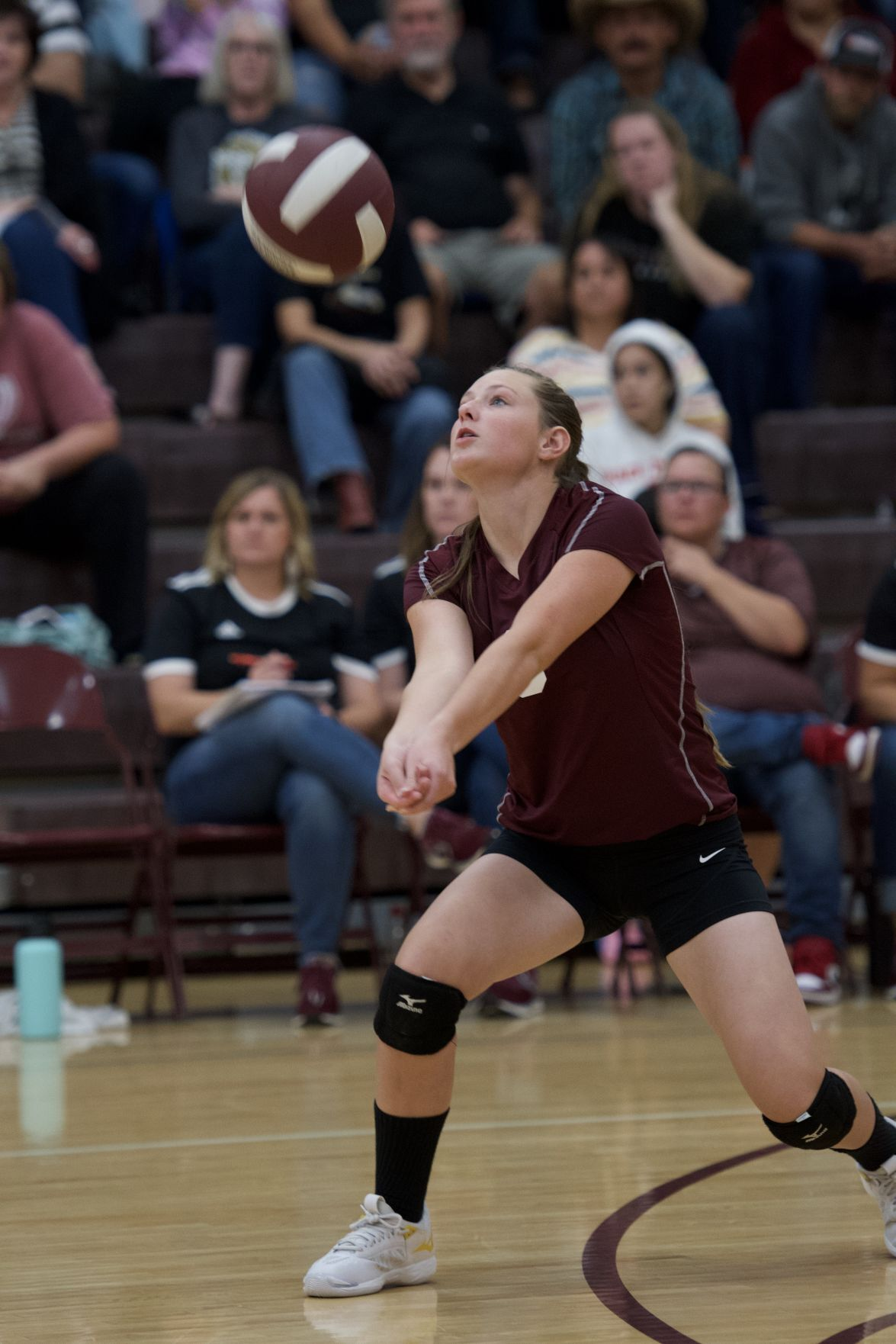 Brittyn Jensen keeping the ball alive for Westside.jpeg