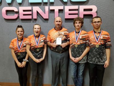 Bowling team takes title