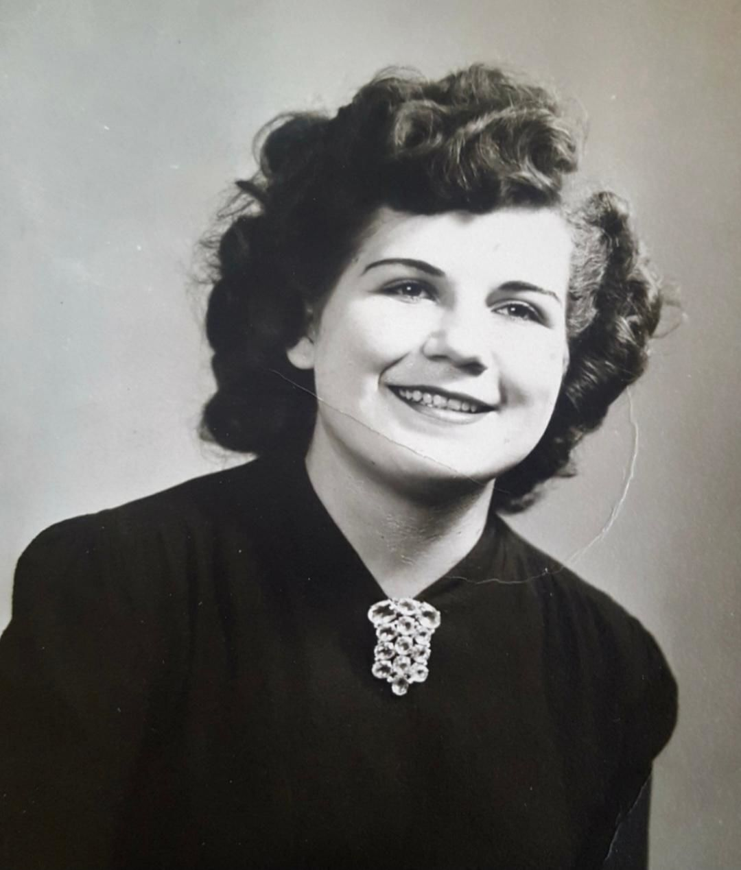 Pauline Dayton (younger)