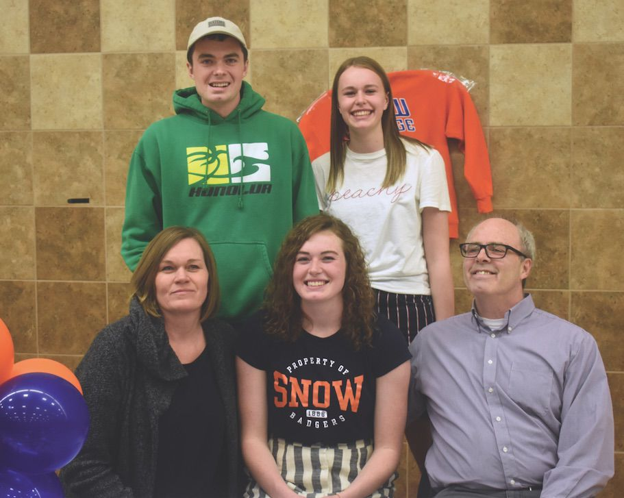 Dow signs with Snow College to play basketball